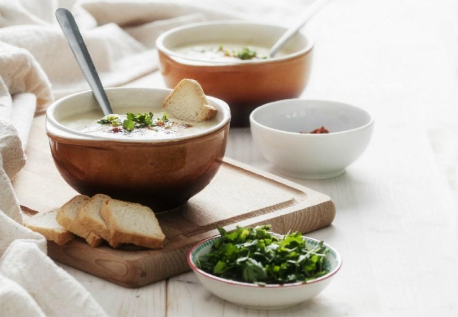 Supa de conopida cu branza cheddar