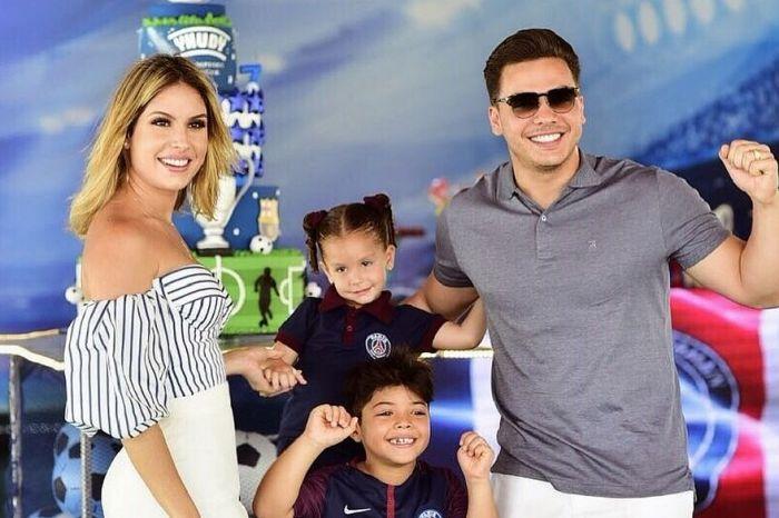 Wesley Safadão anuncia que será pai pela terceira vez