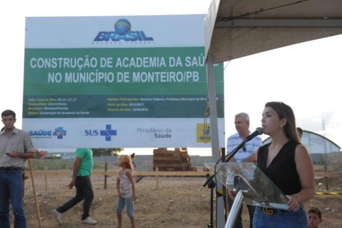 Anna Lorena assina ordem de serviço para construção de nova Academia de Saúde