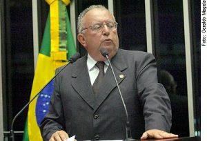 Carlos Dunga revela interesse em disputar cargo de governador