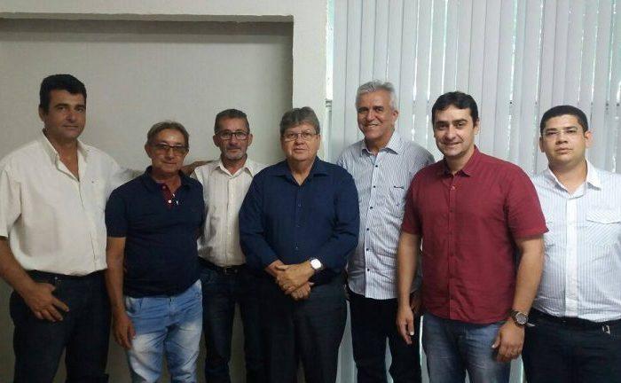 Prefeito de cidade do Cariri anuncia apoio a João Azevedo, Buba Germano e Efraim Filho