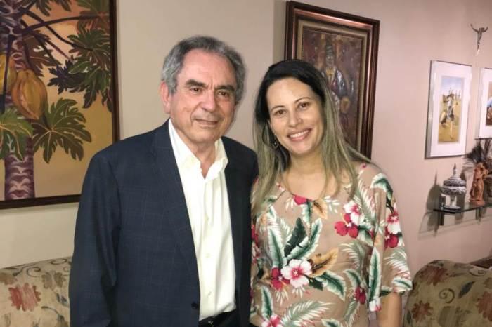 Prefeita de São Domingos do Cariri declara apoio à reeleição de Raimundo Lira