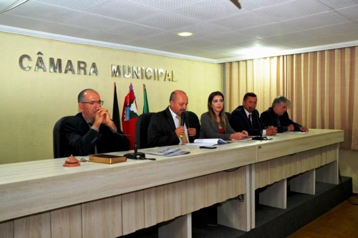 Prefeita Anna Lorena participa da abertura dos trabalhos legislativos da Câmara de Monteiro
