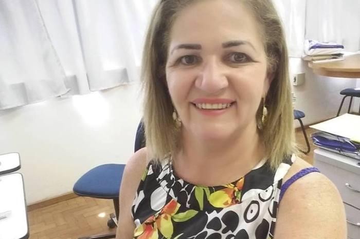 Secretária de Finanças alerta comerciantes de Monteiro para regularizar Alvará
