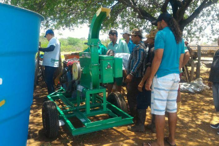 Procase realiza entrega de equipamentos em Monteiro