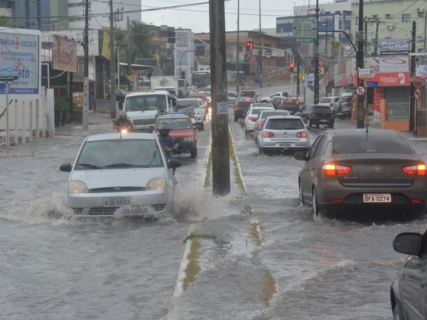 Chuvas provocam alerta em 64 cidades da Paraíba