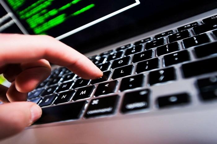 Operação prende 61 por exploração sexual de crianças na internet