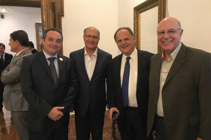 Em ato favorável à agricultura, Alckmin recebe Secretário Paraibano