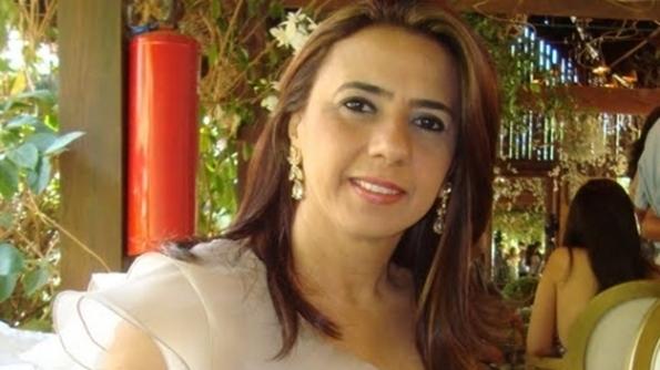 Corpo da jornalista Nelma Figueiredo é sepultado em João Pessoa