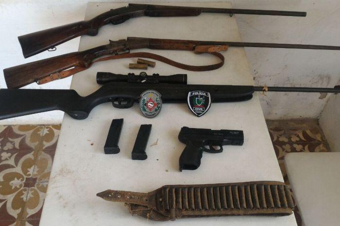 Operação da PC e PM resulta na apreensão de várias armas no Cariri paraibano