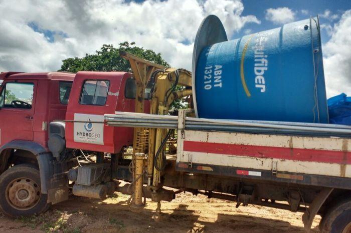 Procase e Prefeitura de Sumé instalam poços na zona rural