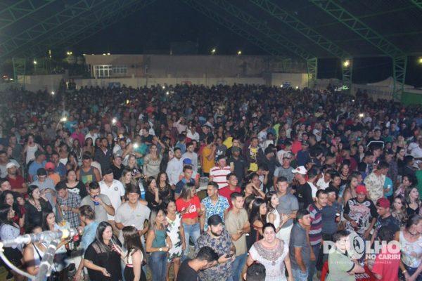 Limão com Mel e Gente Boa animam festa de emancipação de Coxixola