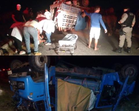 Caminhão boiadeiro tomba e deixa várias pessoas feridas em estrada do Cariri