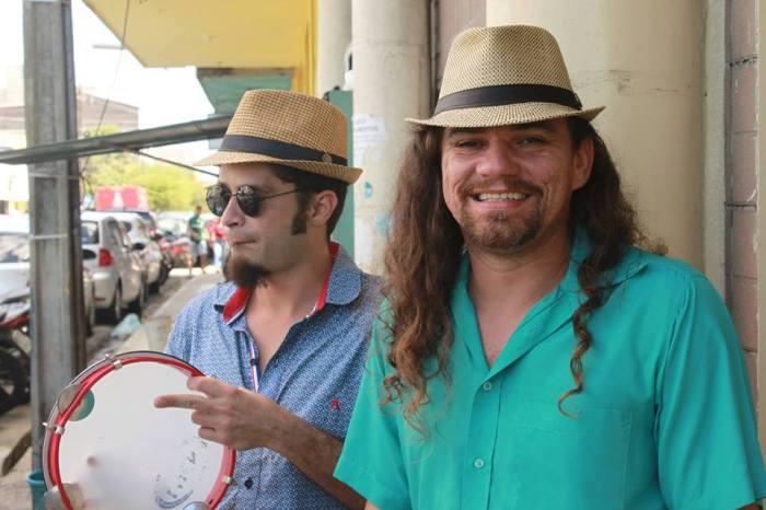 Cultura na Feira recebe os repentistas Canário e Caboclo no Festival Zabé da Loca em Monteiro