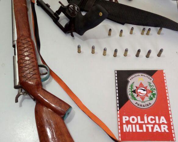 Polícia prende homens que invadiram sede do DETRAN na cidade de Monteiro