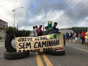 Protesto de caminhoneiros contra preço do diesel chega ao 3º dia na PB