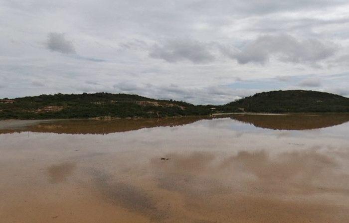 Cagepa inicia captação e distribuição de água no Açude do Bixinho, em Barra de São Miguel