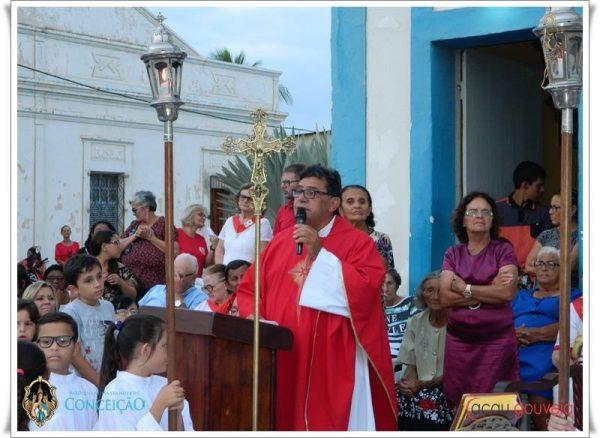 Padre de Taperoá detona classe política e reclama do fechamento da agência do Banco do Brasil