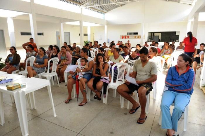 Pais e alunos das escolas municipais de Monteiro recebem palestra sobre Hanseníase