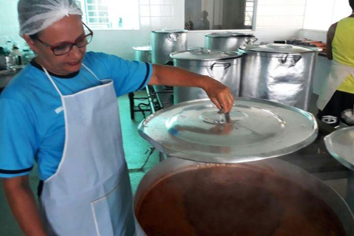 Sopa da Gente retorna beneficiando mais de 800 famílias em Monteiro