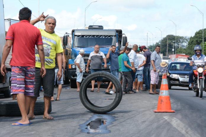 Caminhoneiros planejam nova greve, mas sindicato descarta ações na PB
