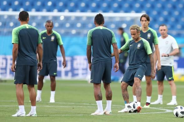 Brasil estreia neste domingo na Copa do Mundo contra Suíça
