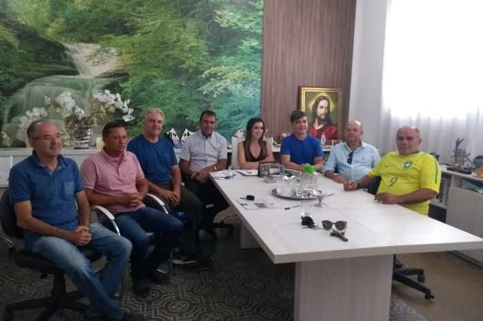 Prefeita Anna Lorena e vereadores reafirmam apoio ao deputado Wellington Roberto em Monteiro