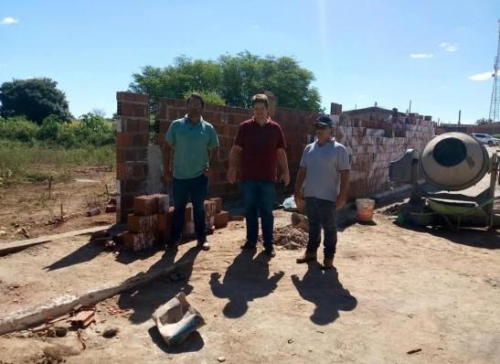Prefeitura de Ouro Velho realiza obras para ampliação do cemitério municipal