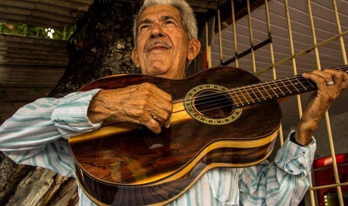 Festival de Violeiros reúne os melhores cantadores do Brasil, na Prata