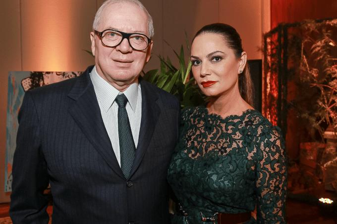 """""""Não é fácil mexer com homem que tem dinheiro"""", diz Luiza Brunet"""