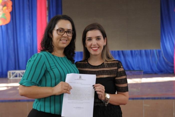 Prefeita de Monteiro empossará mais 42 candidatos aprovados em concurso público