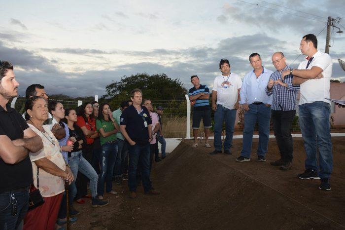 Técnicos do Água Doce de PE conhecem experiência do programa no Cariri