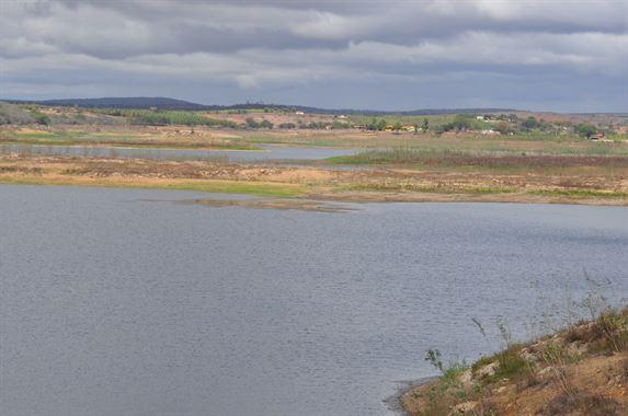 Em cinco meses, açude  Epitácio Pessoa em Boqueirão perde 27,2 milhões de m³ de água
