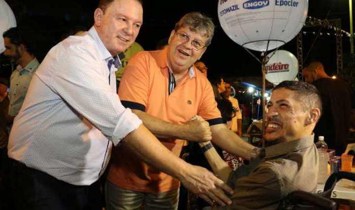 Em Gurjão, João diz que fomentar a cadeia da caprinocultura será uma das suas metas