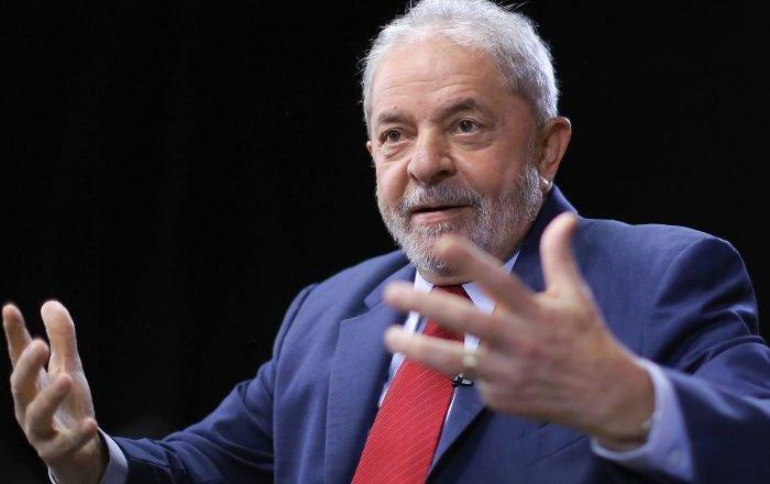 Advogado pede que Lula seja solto após decisão do STF