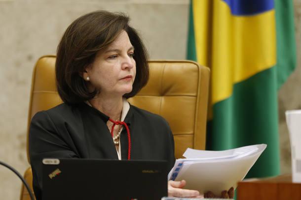 PGR quer que Supremo mantenha que prisão de Lula