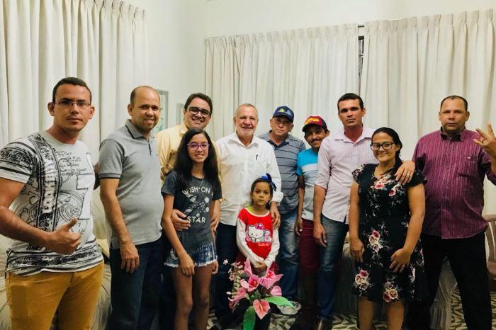 Carlos Batinga visita municípios e recebe novos apoios no Cariri paraibano