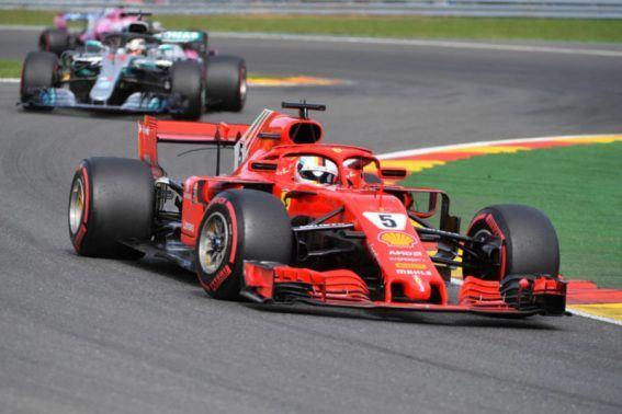 Vettel vence corrida marcada por acidente na primeira curva