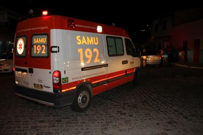 Jovem tenta suicídio em ponte na cidade de Monteiro e é socorrido pelo SAMU
