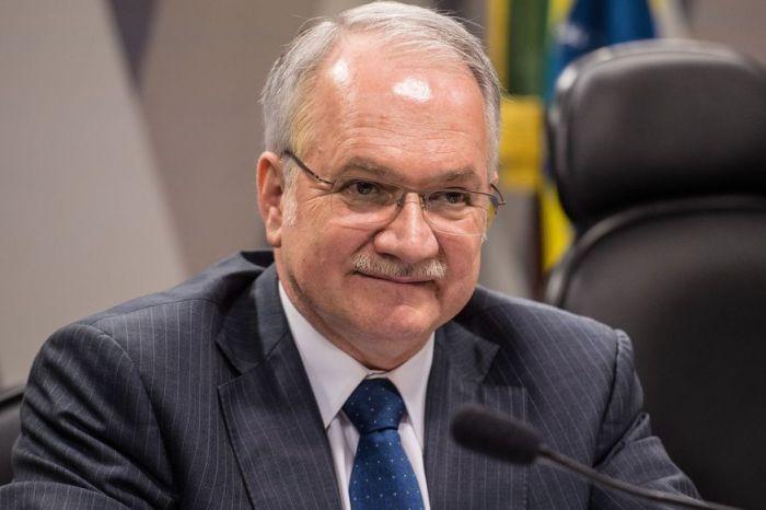 Fachin será relator de pedido de Lula ao STF para permanecer candidato