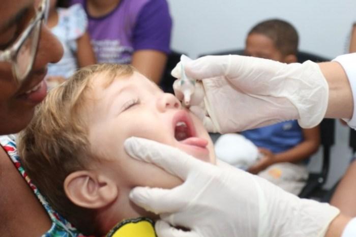 Município de Serra Branca atinge meta de vacinação contra pólio e sarampo