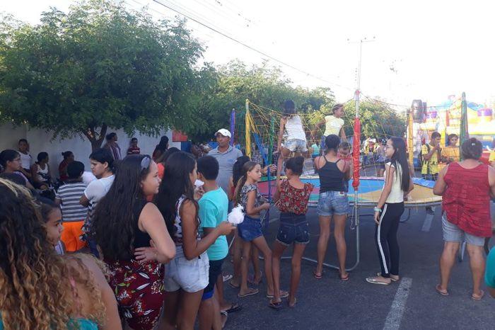 Prefeitura Municipal de Prata realiza grande festa para as Crianças