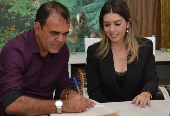 Vice-prefeito de Monteiro, Celecileno Alves agradece votação aos seus candidatos