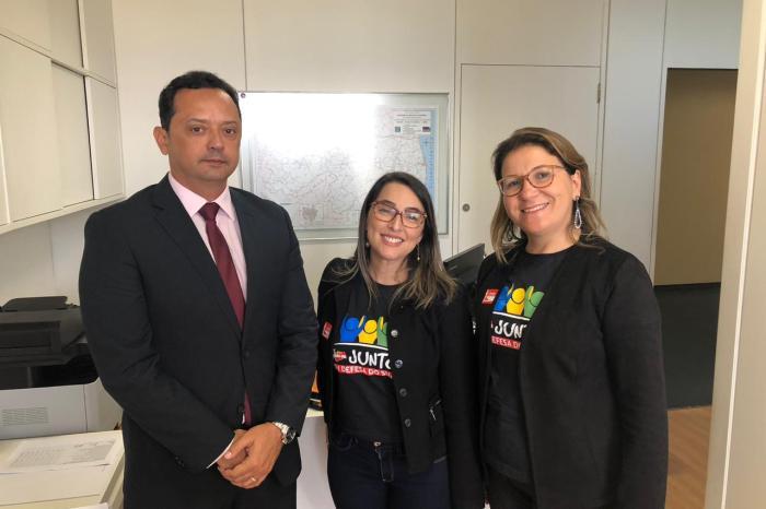Prefeito Éden participa de mobilização contra corte no orçamento do SUAS em Brasília