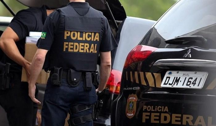 PF cumpre mandados em casas de suspeitos de pornografia infantil na PB