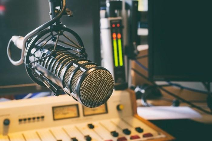 Projetos sobre rádios comunitárias são rejeitados pelo Congresso