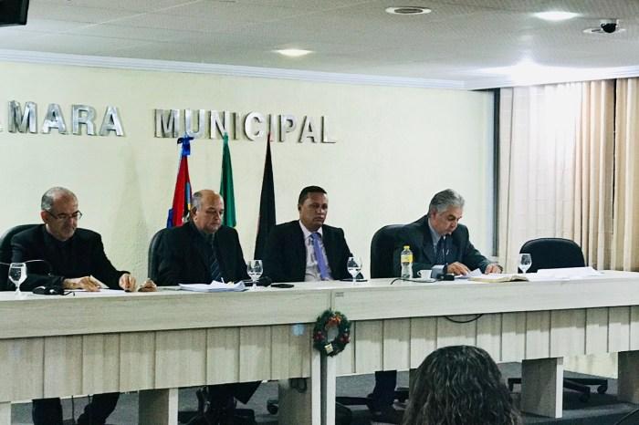 Câmara de Monteiro aprova contas de 2014 da ex-prefeita Edna Henrique