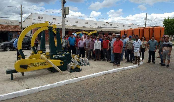 Municípios do Cariri são contemplados com equipamentos agrícolas do Fórum Territorial Sustentável