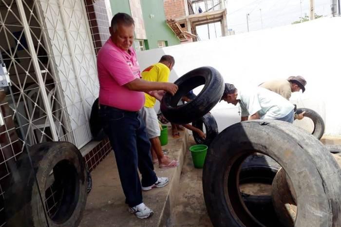 Projeto socioambiental de reciclagem feito pelo CAPS ADIII embeleza ruas de Monteiro
