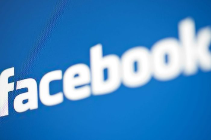 Facebook pagou por transcrição de arquivos de áudio de usuários